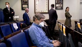 Журналістів тестуватимуть на COVID-19 перед брифінгами з Трампом у Білому домі