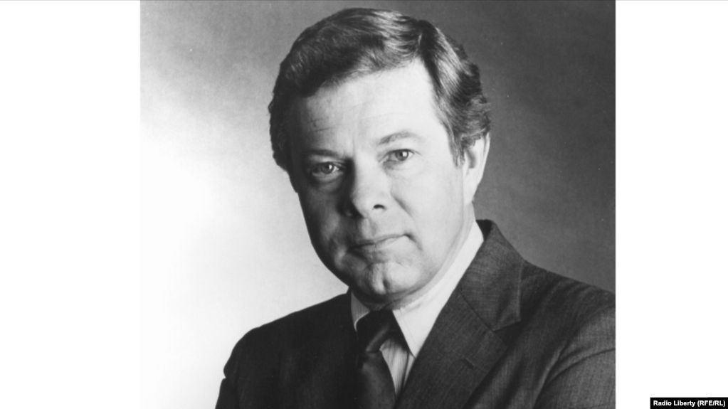 У США з життя пішов колишній президент «Радіо Свобода» Джин Пелл