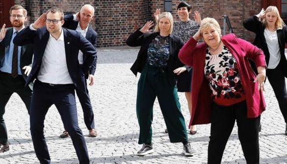 Норвезький уряд колективно станцював на камеру до Дня Конституції країни