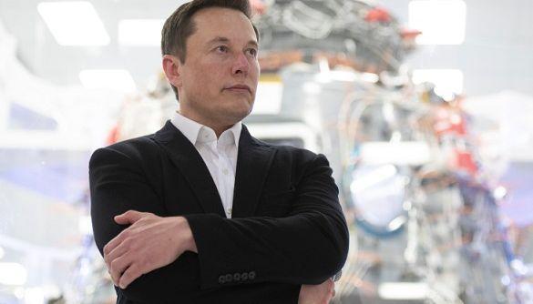 Ілон Маск висміяв росіян за використання застарілих технологій в космосі
