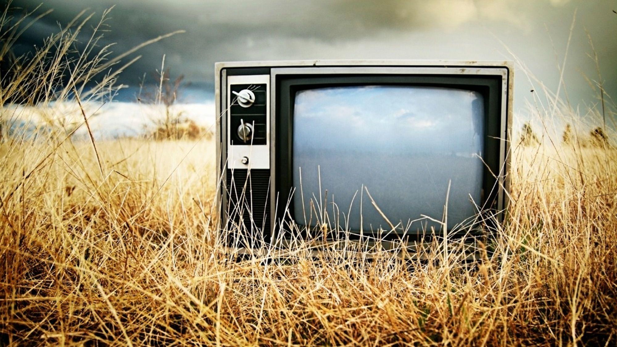 Мобілізація 5 каналу. Про що говорили й кого піарили теленовини у травні 2020 року
