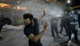 У соцмережах поширюють фейк про «затриманих чорношкірих протестувальників» в Україні