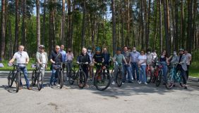 На прогулянку Зеленського з журналістами на велосипедах витратили понад 40 тис. грн
