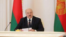 Олександр Лукашенко пригрозив видворити іноземні медіа з Білорусі