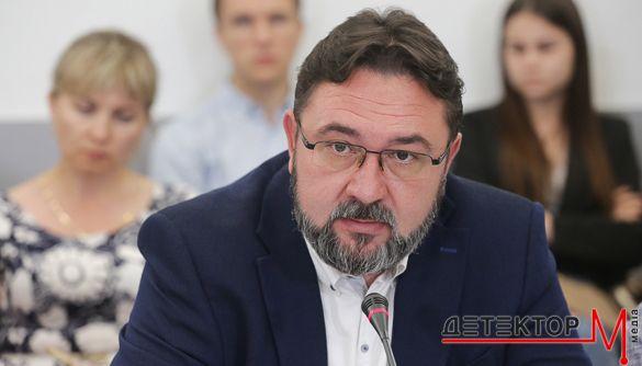 Микита Потураєв: Моя позиція проста — взагалі перестати ходити на канали, які не дотримуються журналістських стандартів