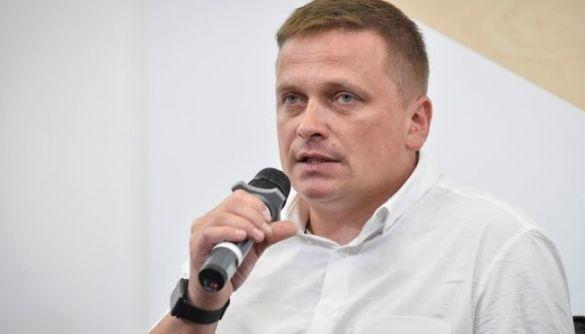 hromadske закликало владу Білорусі відпустити журналістів Рєуцького та Васильєва