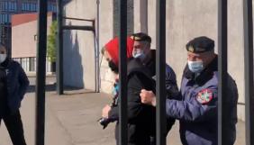 До суду передали справу журналістів, яких виштовхали з території Криворізької міськради