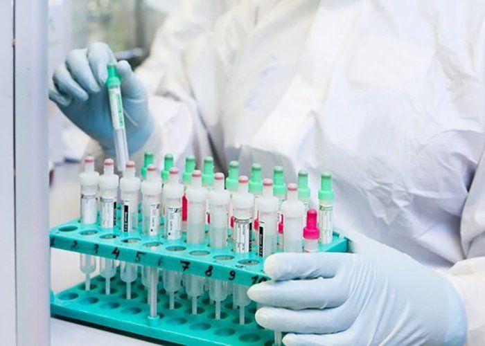 От вірус щезне — тоді хай приїжджають. Коронавірус в новинах 17–23 серпня 2020 року