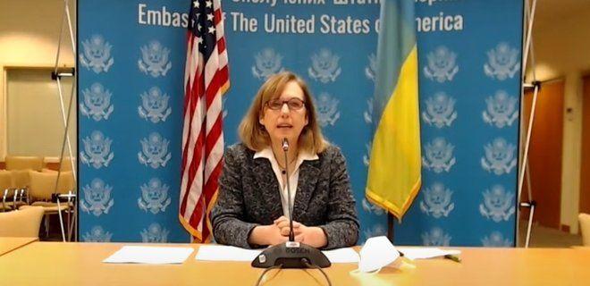 Агенти впливу Кремля поширюють антизахідні наративи в Україні через медіахолдинги та соцмережі – тимчасова повірена США