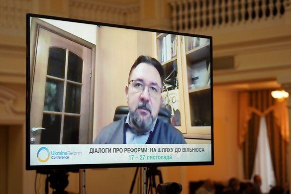 Потураєв сподівається, що Рада розгляне закон про медіа не пізніше початку наступного року