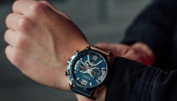 Как правильно выбрать мужские наручные часы?