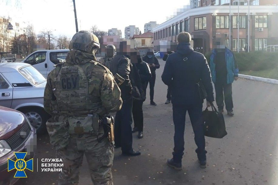 У Чернігові затримали іноземця, якого підозрюють у спробі створити осередок «агітаторів агресивної війни» – СБУ
