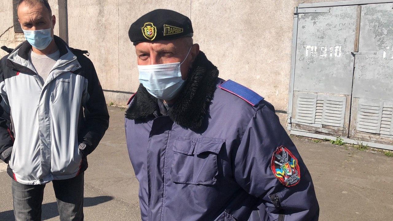 Прокуратура оголосила три підозри в справі журналістів, яких виштовхали з території міськради у Кривому Розі