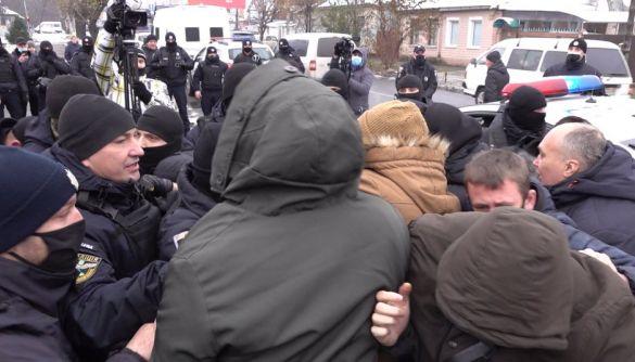 Підозрюваний у вбивстві журналіста Василя Сергієнка вийшов з СІЗО