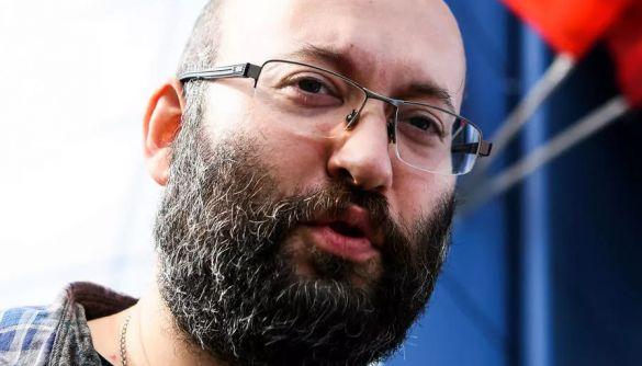 Російський журналіст Ілля Азар звернувся до ЄСПЛ через арешт за участь в одиночному пікеті