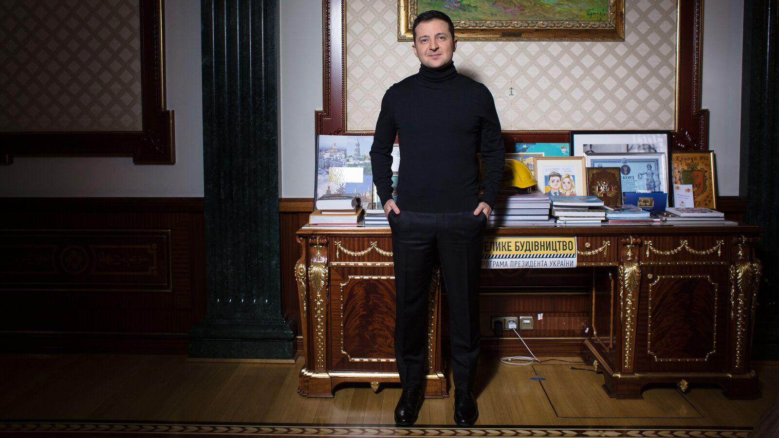 Зеленський: Власниками всіх телевізійних груп є олігархи, держава повинна з ними боротися