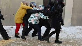 У Росії на акціях на підтримку Навального затримують журналістів