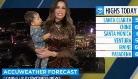 У США під час прямого ефіру ABC7 в кадр увірвався маленький син ведучої