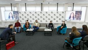 У 2000-х роках політична дискусія в Україні перетворилася на цирк