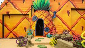 В США відтворили будинок-ананас, в якому живе Губка Боб – фанати мультсеріалу можуть орендувати житло