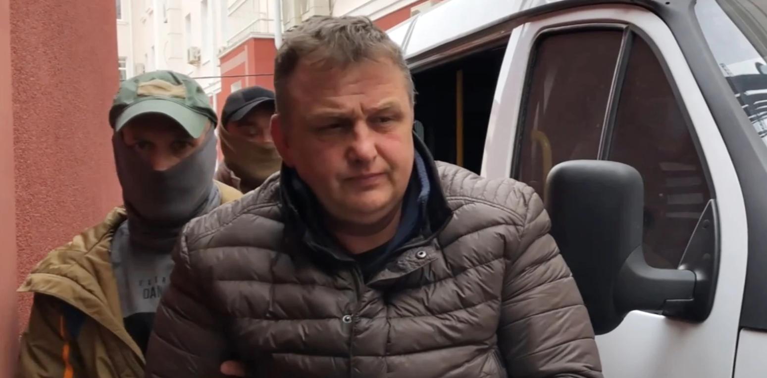 МЗС України вимагає допустити незалежного адвоката до заарештованого фрілансера «Радіо Свобода» в Криму