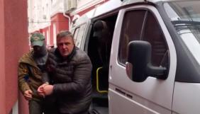 «Репортери без кордонів» стурбовані можливими тортурами Єсипенка. Вони закликали звільнити журналіста