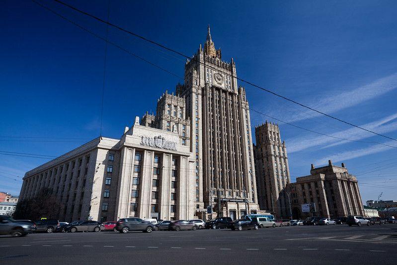 Росія заявила, що буде «захищати російськомовне населення» в Україні
