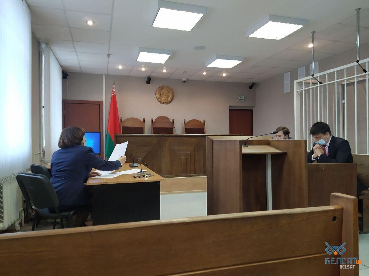 У Білорусі суд залишив без змін вирок журналісткам Андреєвій і Чульцовій