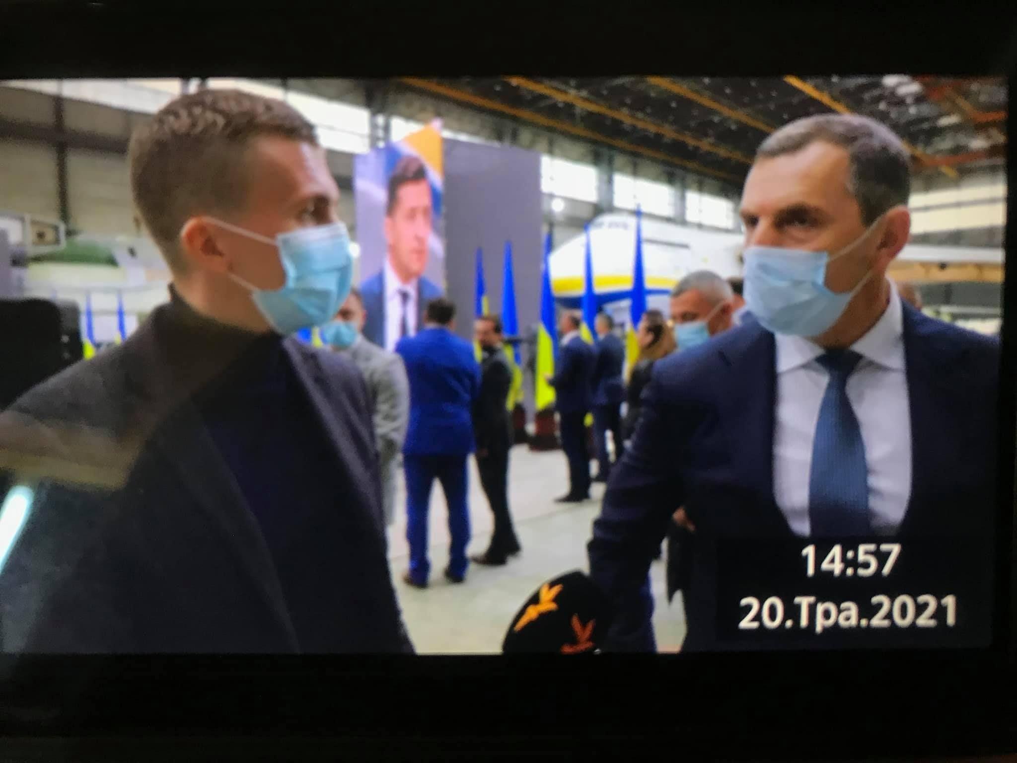 Помічник президента Шефір заборонив «Схемам» знімати його на відео. Сказав, що він непублічна особа