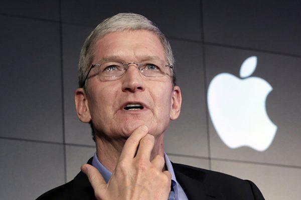 Керівник Apple Тім Кук дав свідчення в суді за позовом Epic Games