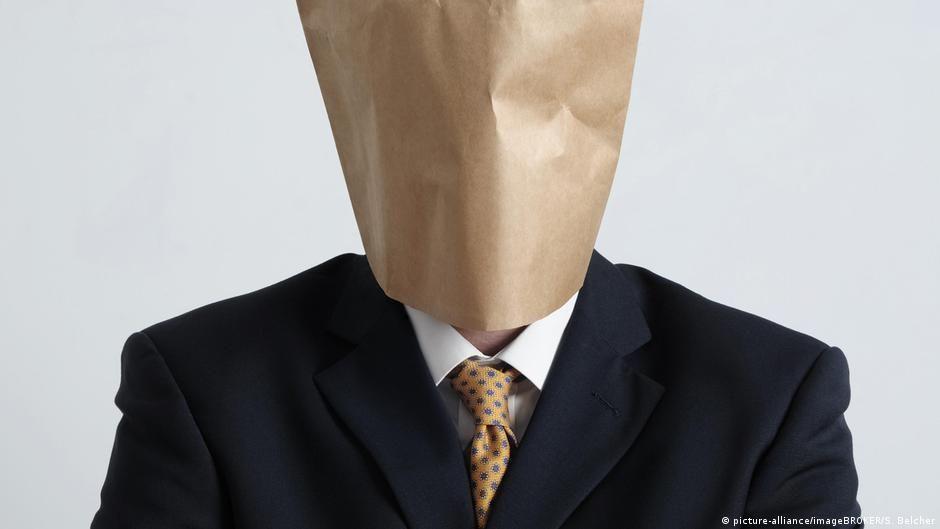 Антиолігархічний законопроєкт Зеленського: популізм чи перший крок?