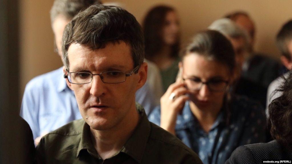 У журналіста InformNapalm Дениса Івашина в білоруському карцері стався серцевий напад – мати
