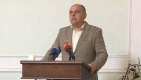 Міністр часів Януковича, який хоче очолити «Мистецький Арсенал», назвав критиків конкурсу «козльонками», «дамочкой» та «лузерами»