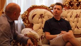 Литовська газета взяла в Протасевича інтерв'ю в Білорусі. Він прийшов у супроводі співробітників спецслужб