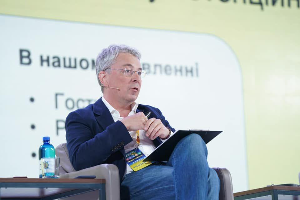 Ткаченко закликав медіаіндустрію визначитись: «Або продаємо продукт росіянам, або спільно інвестуємо у виробництво»