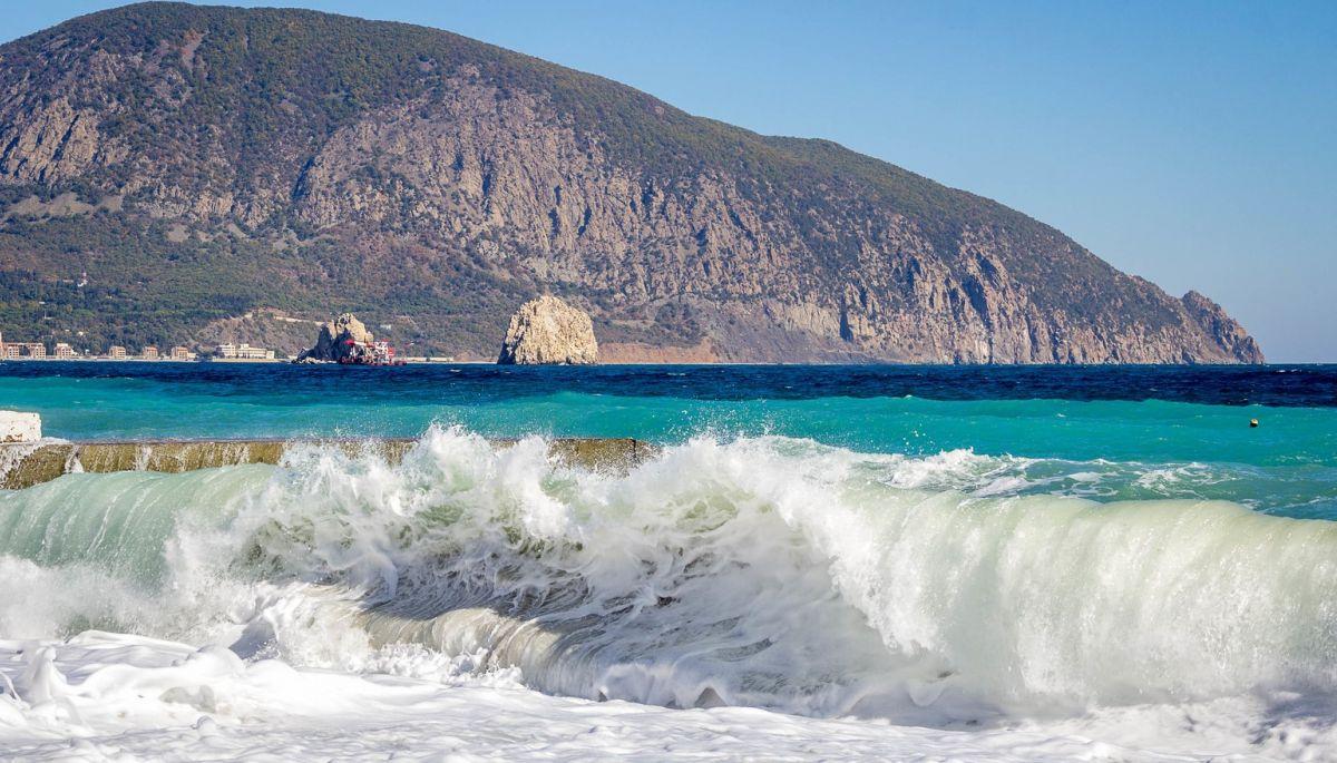 30 вересня — онлайн-дискусія «Забруднення Чорного і Азовського морів внаслідок окупації Криму»