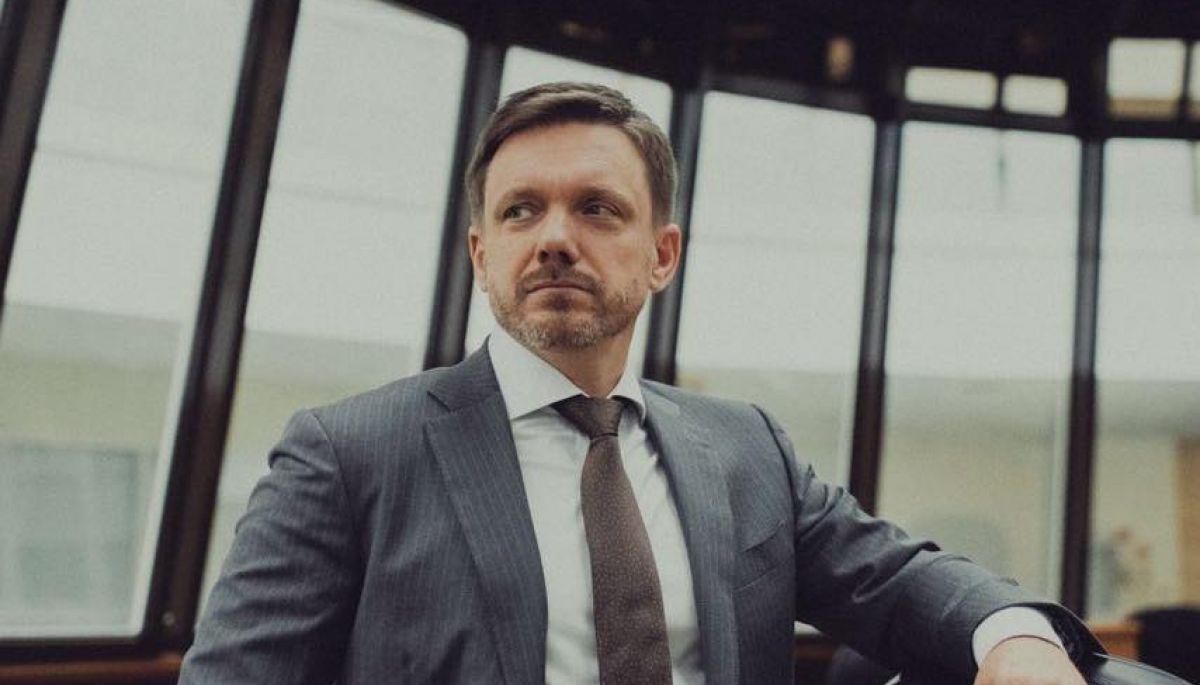 Євген Мецгер звільнився з «Укрексімбанку»