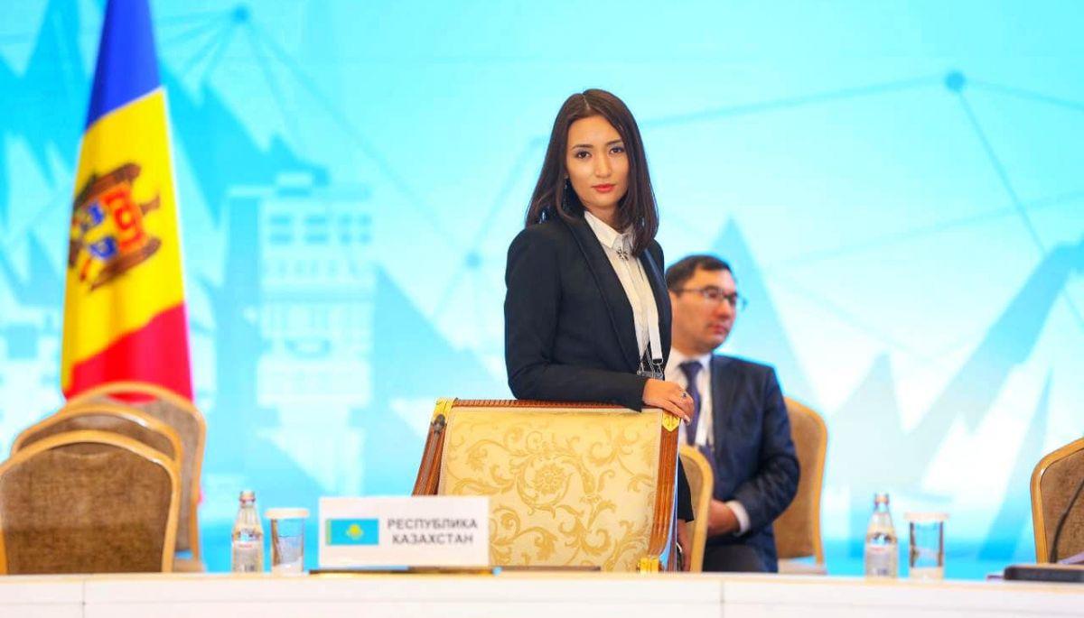 В Казахстані заявили про хакерські атаки на сторінки урядових сайтів у Facebook