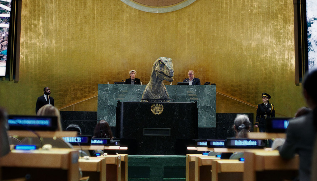 Динозавр з трибуни ООН закликав людство не обирати вимирання – рекламний ролик до конференції на тему кліматичних змін (ВІДЕО)